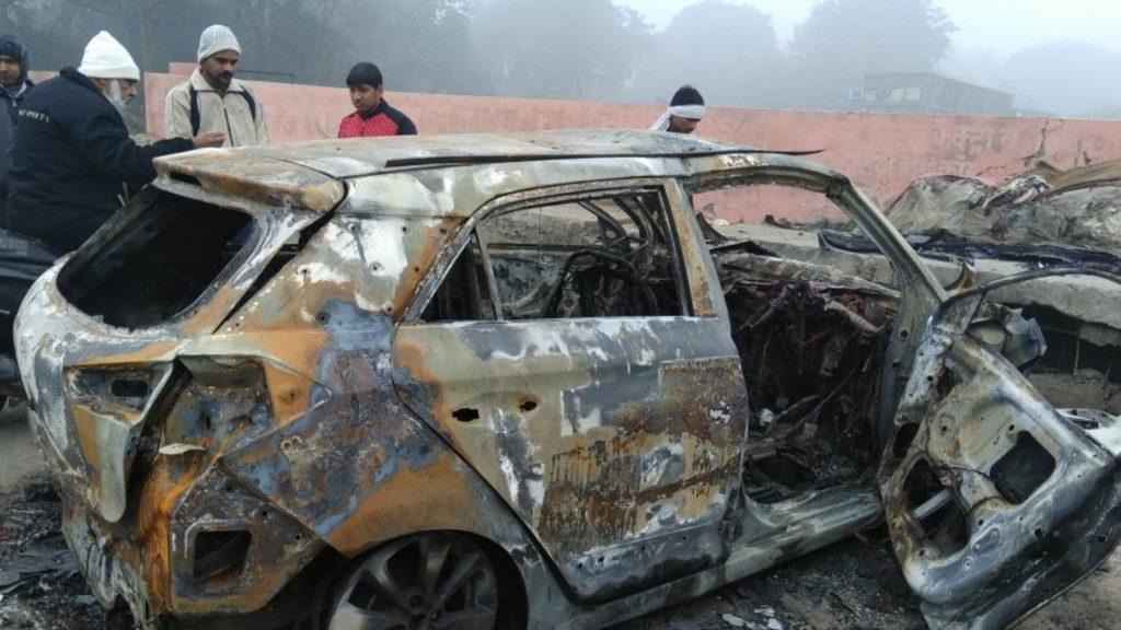 Narela car Fire