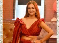 Manya pathak - model & actress